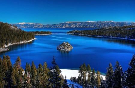 c79e885f3a_Lac-Tahoe_Michael_wiki_cc-by-20